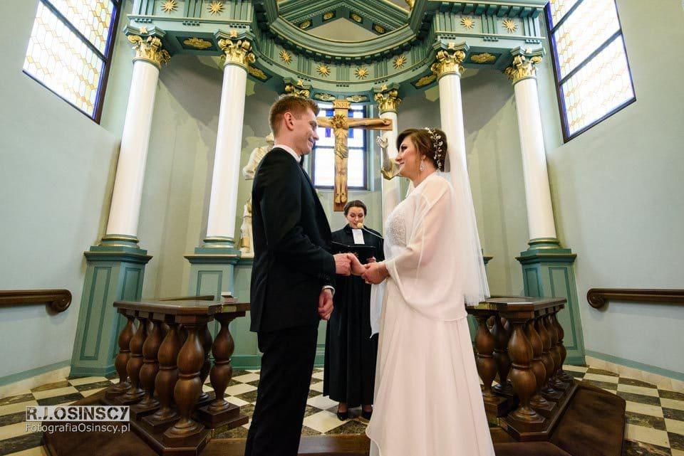 Joanna i Łukasz - ślub ewangelicki w Golasowicach
